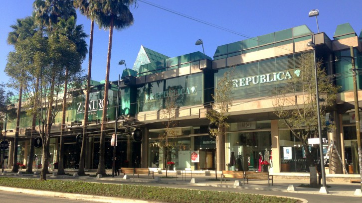 Exclusive shopping in Polanco