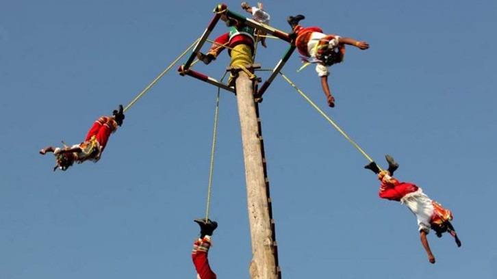 Voladores ritual ceremony, Museum of Anthropology